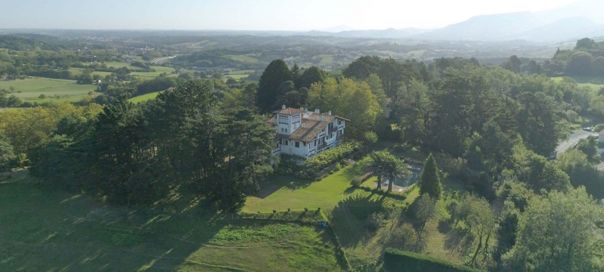 drone-immobilier-mringalss-films-pays-basque-anglet-bayonne-biarritz-pierre-frechou